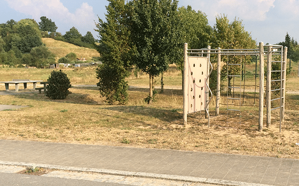 Spielplatzergänzung an der Schönbornstraße