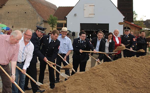 news_feuerwehrhaus_ampferbach