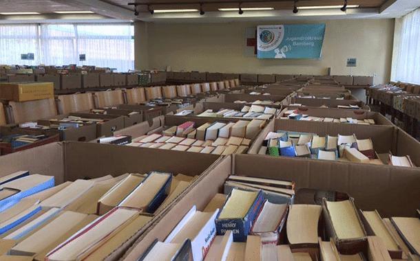 Bücherflohmarkt 2016 vom Jugendrotkreuz