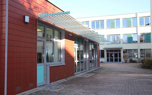 Mittelschule Burgebrach: Schüler bedroht Mädchen mit Pistole