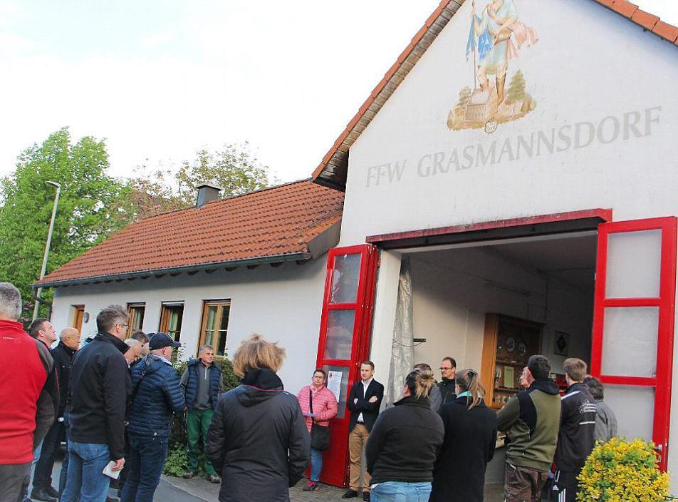 Neues Feuerwehr- und Gemeinschaftshaus für Grasmannsdorf