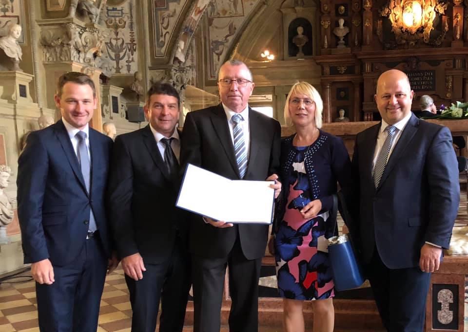 Ministerpräsident verleiht Medaille an Lebensretter aus Burgebrach
