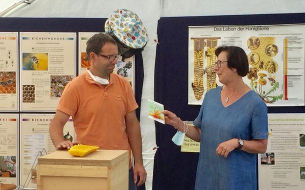 Frauen-Union Burgebrach zu Besuch beim Imker